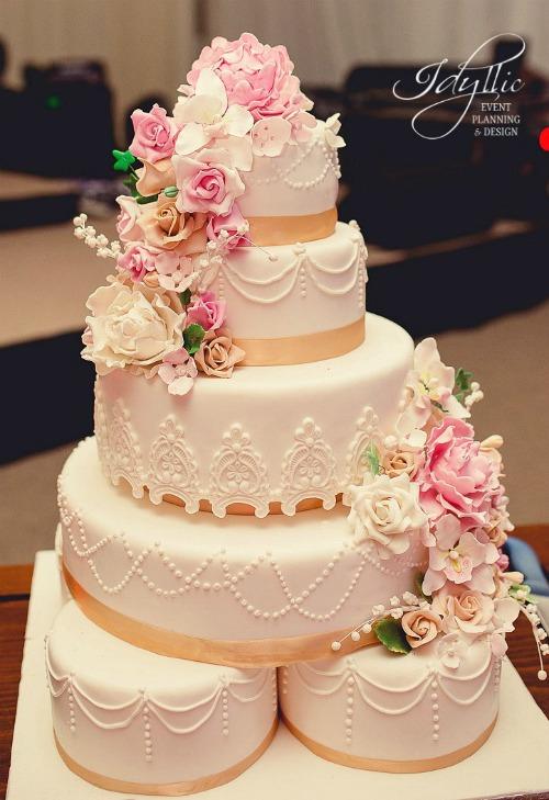 tort de nunta Idyllic