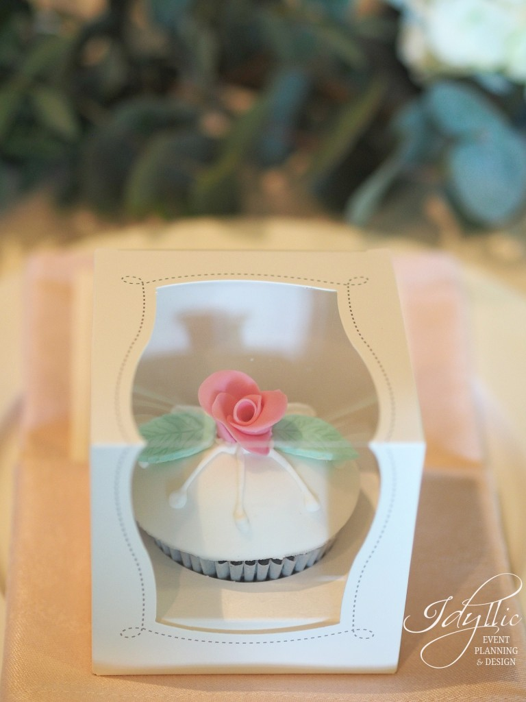 marturie cupcake by Idyllic Events