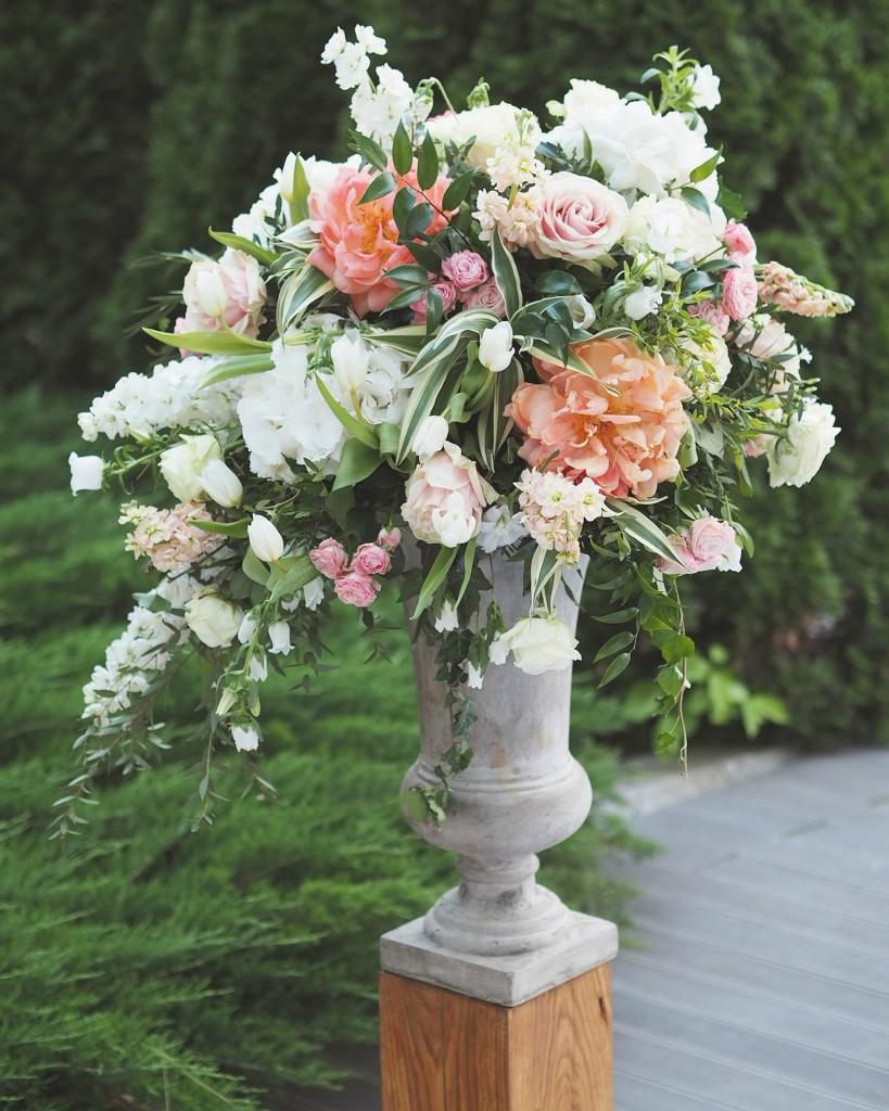 Aranjament floral exterior