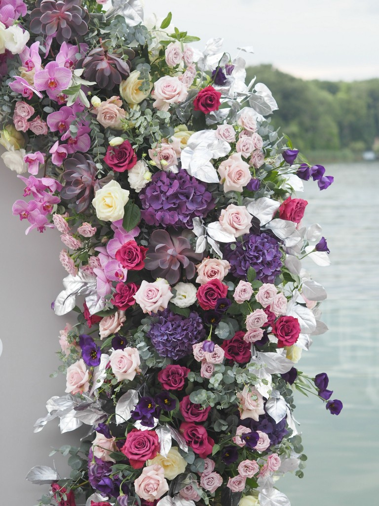 Photo corner decorat cu flori