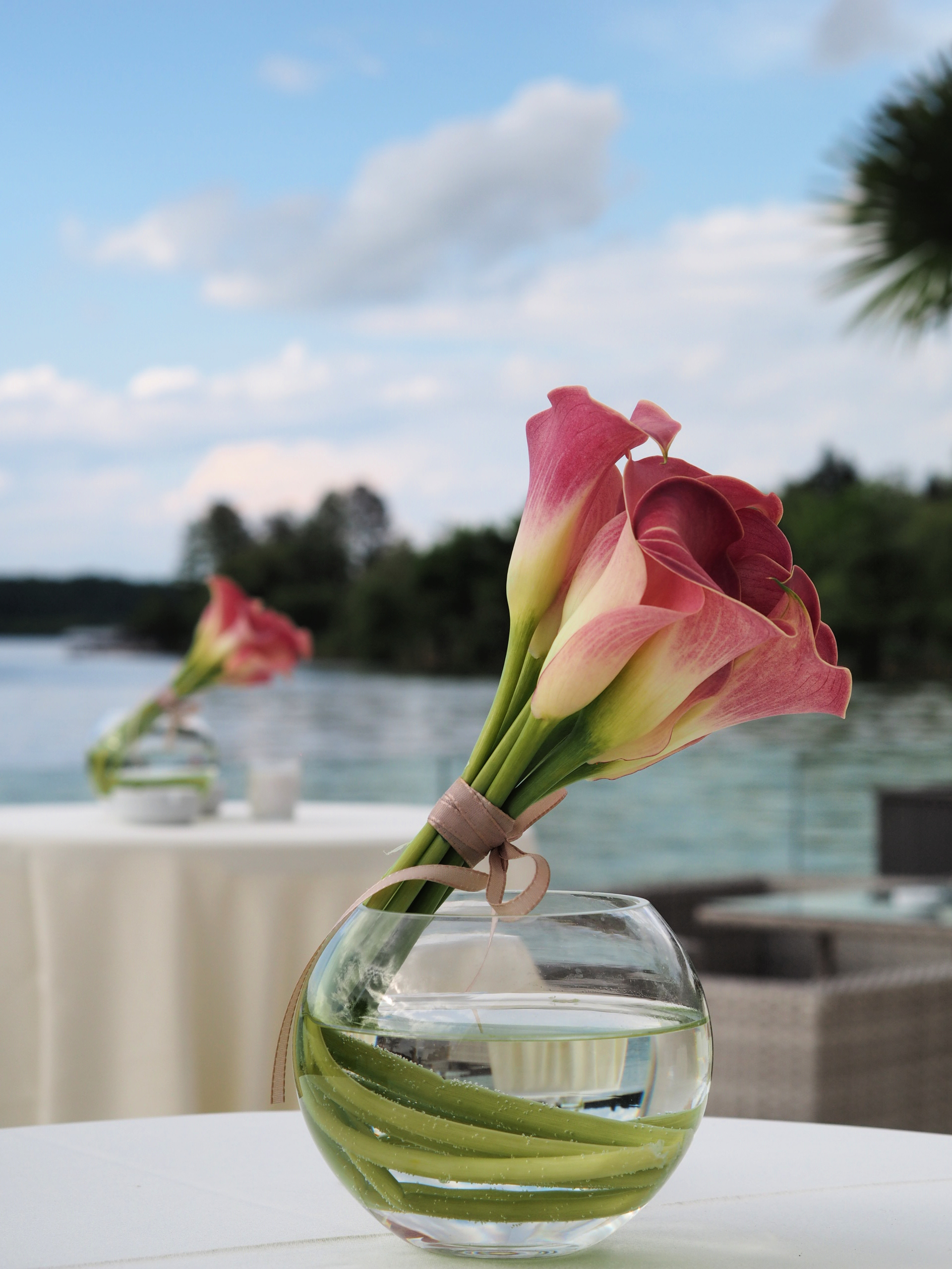 Aranjamente florale mese cocktail