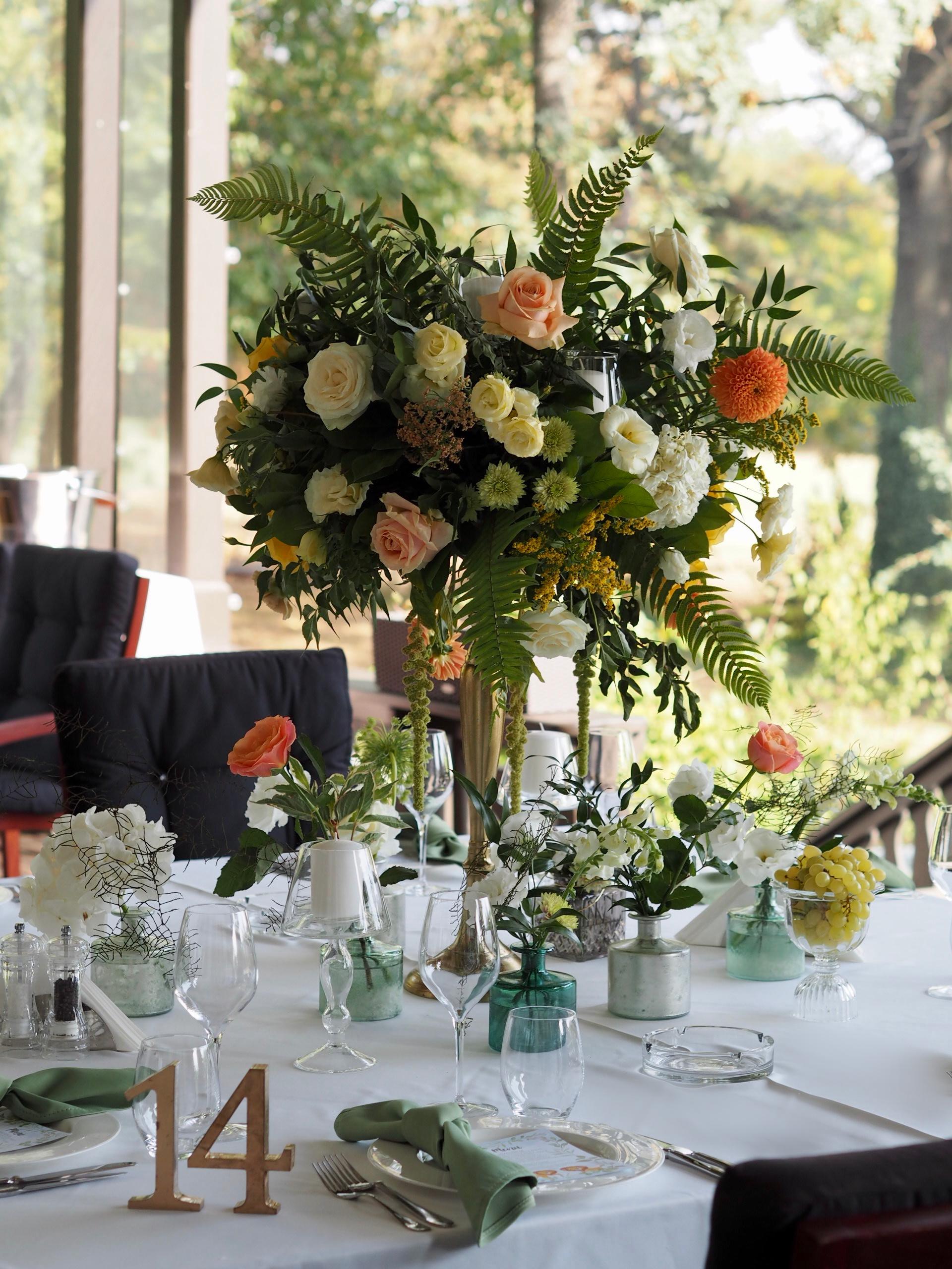 Aranjamente florale botez Diplomat IDYLLIC