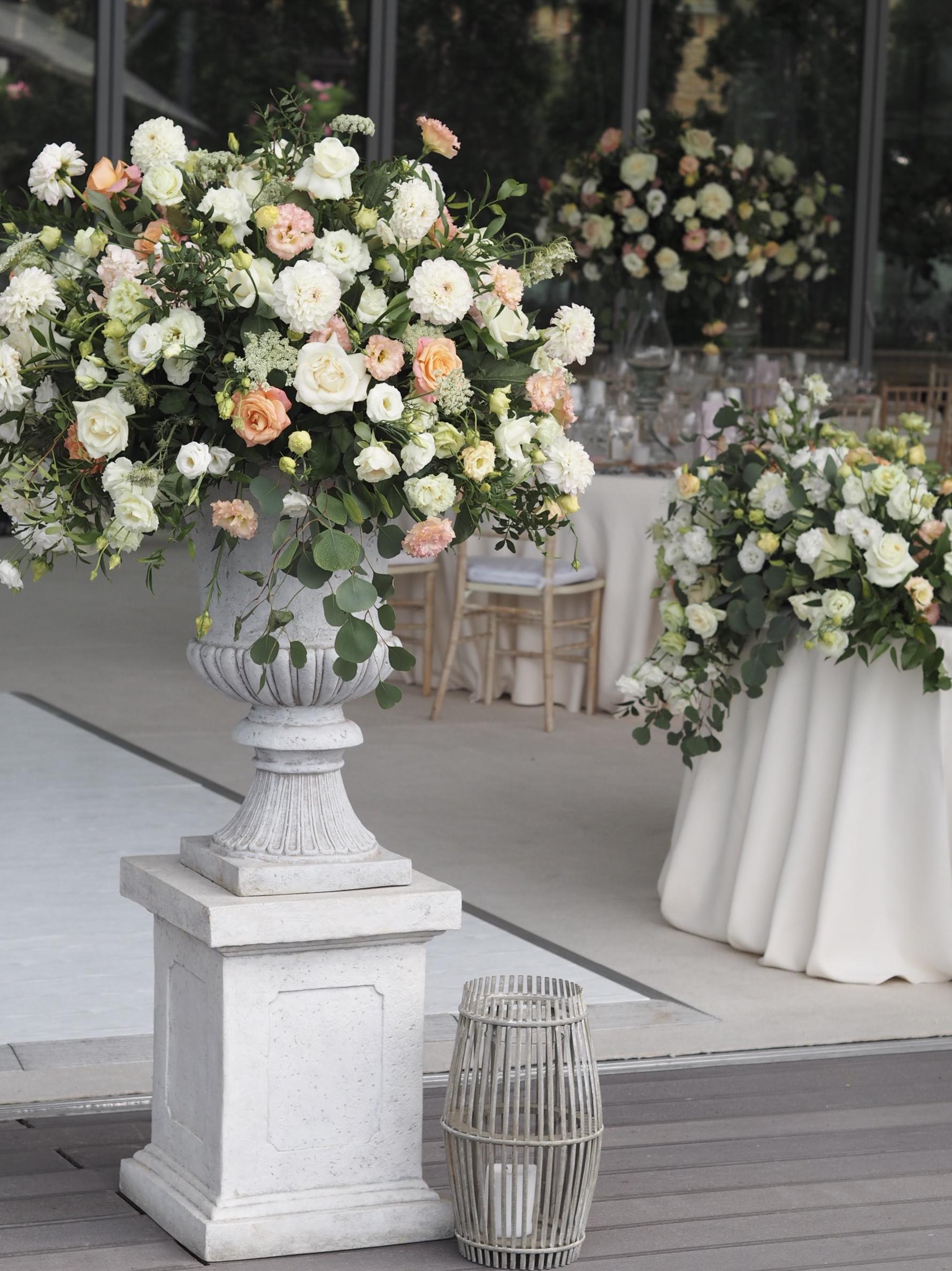 Aranjament floral nunta Snagov Club