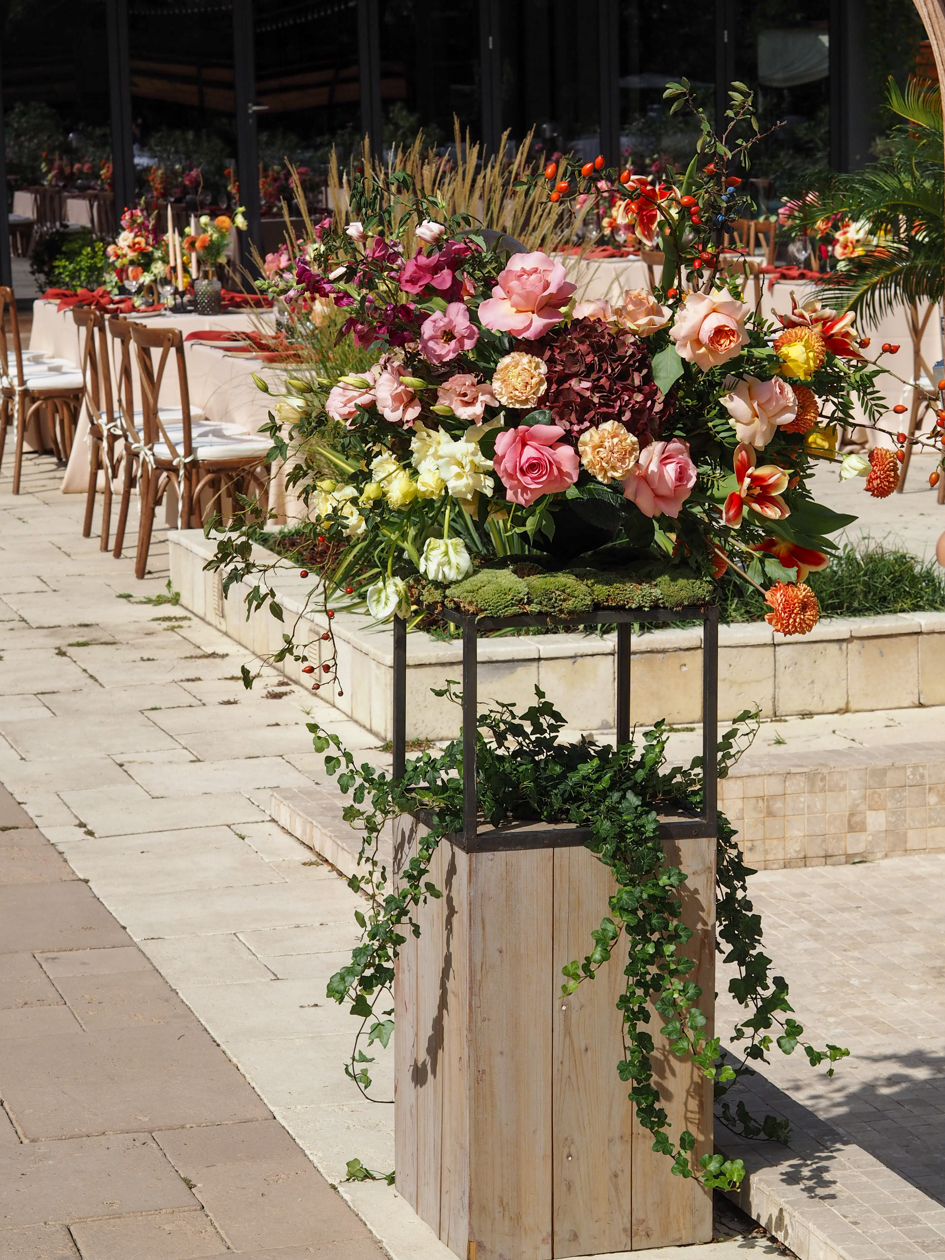 Aranjament floral intrare